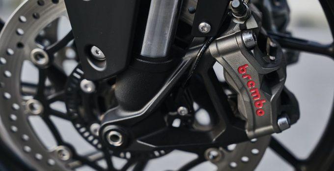 Kit frein moto